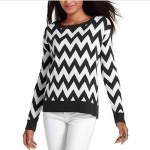 Tommy Hilfiger | Zig Zag Black & White Sweater
